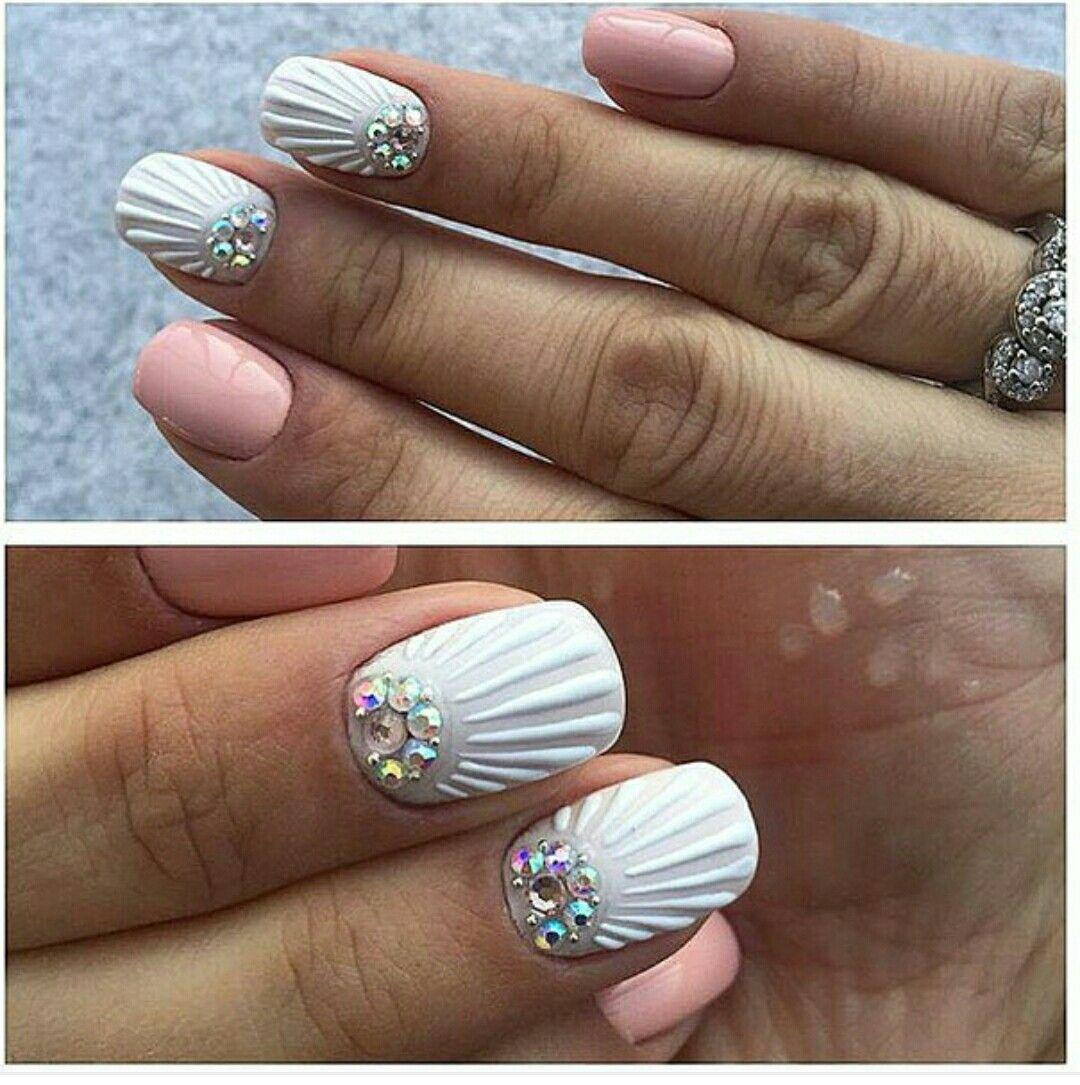 Mermaid nail design | Nail Art | Pinterest | Diseños de uñas ...