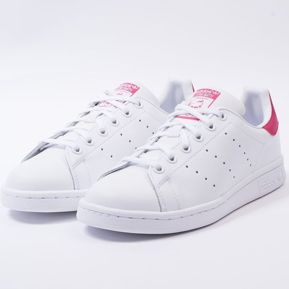 cheaper 015c2 39ccb Zapatillas Adidas Originals Stan Smith rosa para chica. Adidas Stan Smith  pink for women.