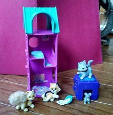 COMPLETE SET - Vintage Littlest Pet Shop Purry Kittens with Kitty Playtime Condo