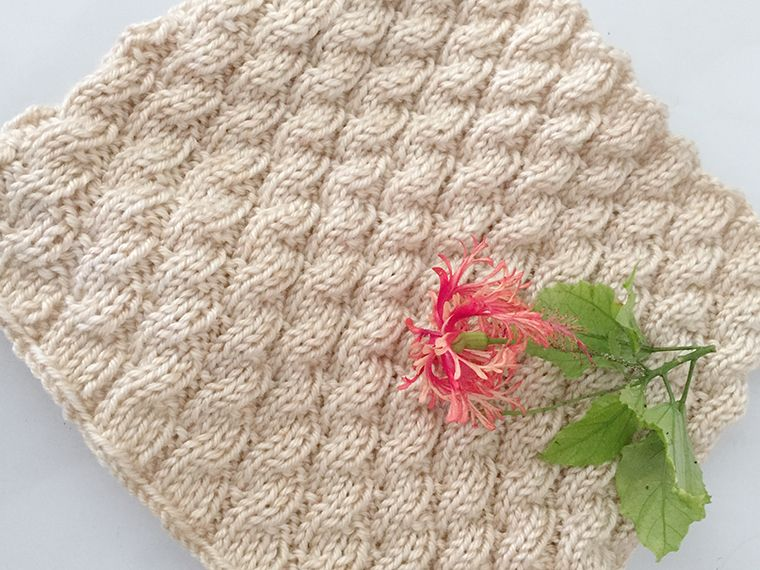 This Gorgeous Cowl Looks Like A Cascade Of Cables But Its Really