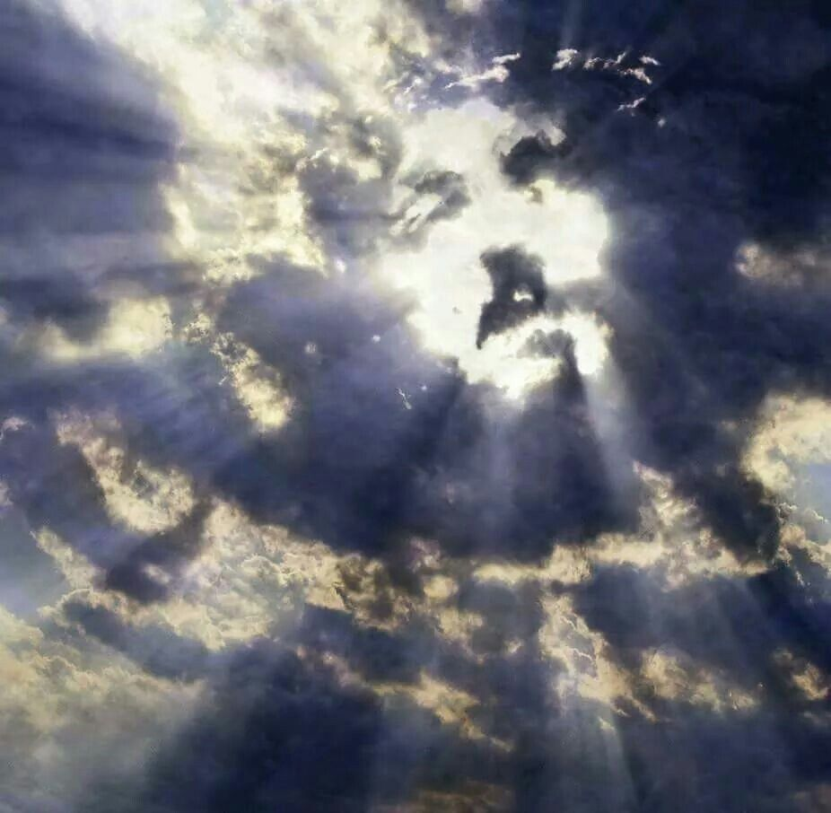 I love this; look up to the Lord. | Jesus pictures, Jesus christ, Clouds
