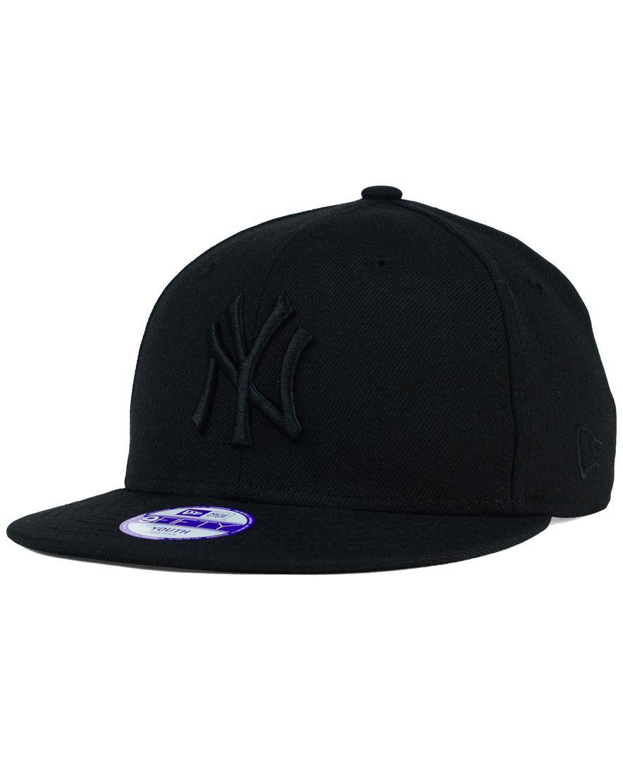 timeless design d1d07 601e2 New Era Kids  New York Yankees Black on Black 9FIFTY Snapback Cap