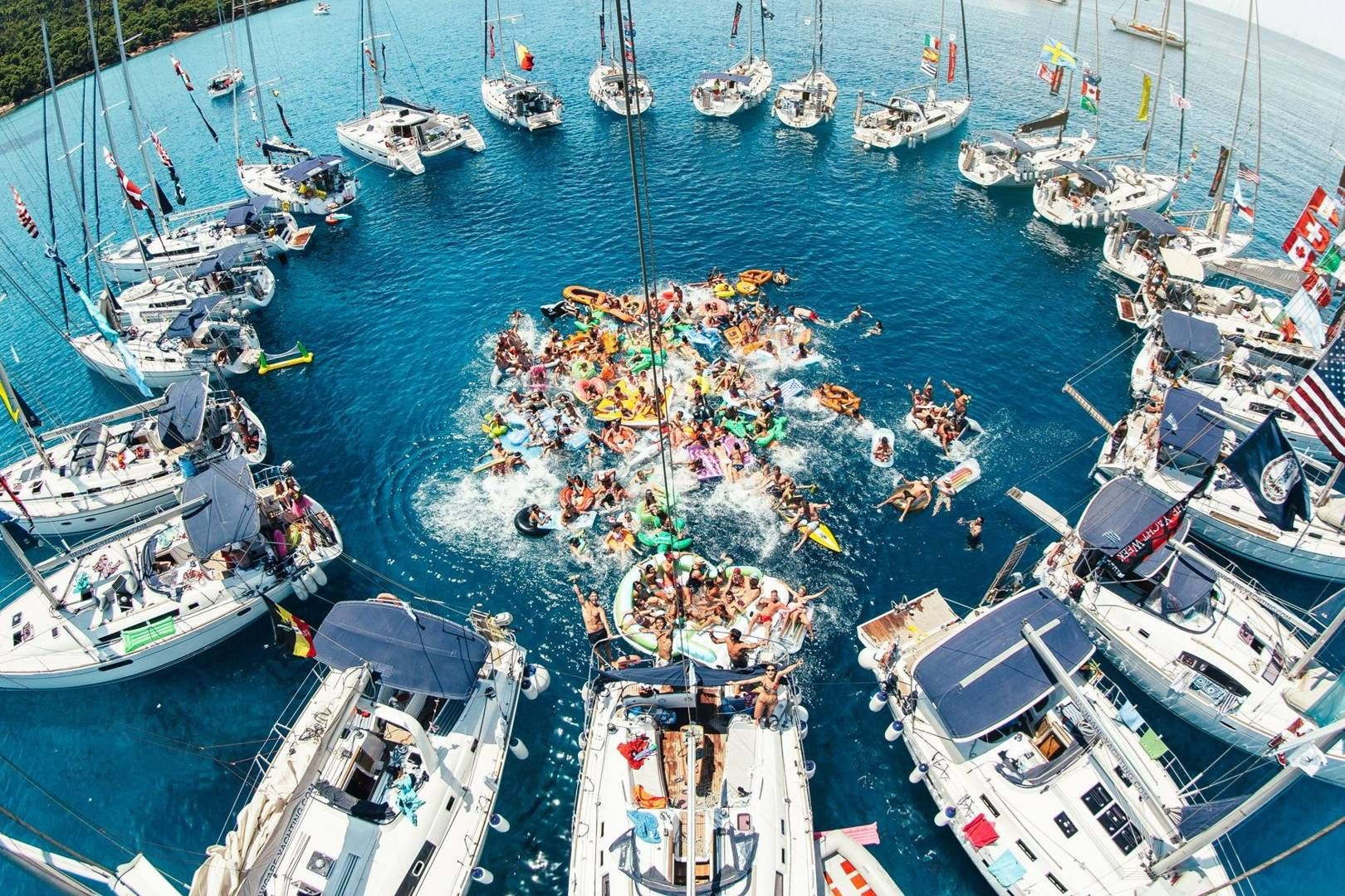 THE YACHT WEEK ULTRA EUROPE FESTIVAL #FyreProofFestival #inspiration  #cleverishmagazine #quarterlifecrisis #creativity #creativ… | Yacht week,  Trip, Croatia holiday