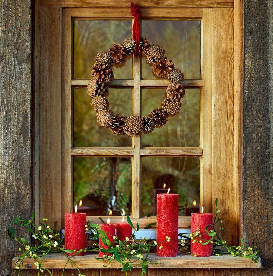 Pin von carolin pfaff auf fenster dekorieren pinterest kranz weihnachten und t rkr nze - Weihnachtsdeko fenster ideen ...