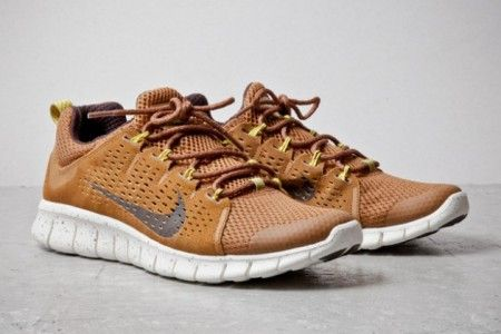 Nike Free Powerlines + II Coffee Suede