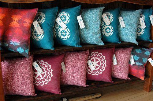 best batik textiles and artwork: @ecobatik