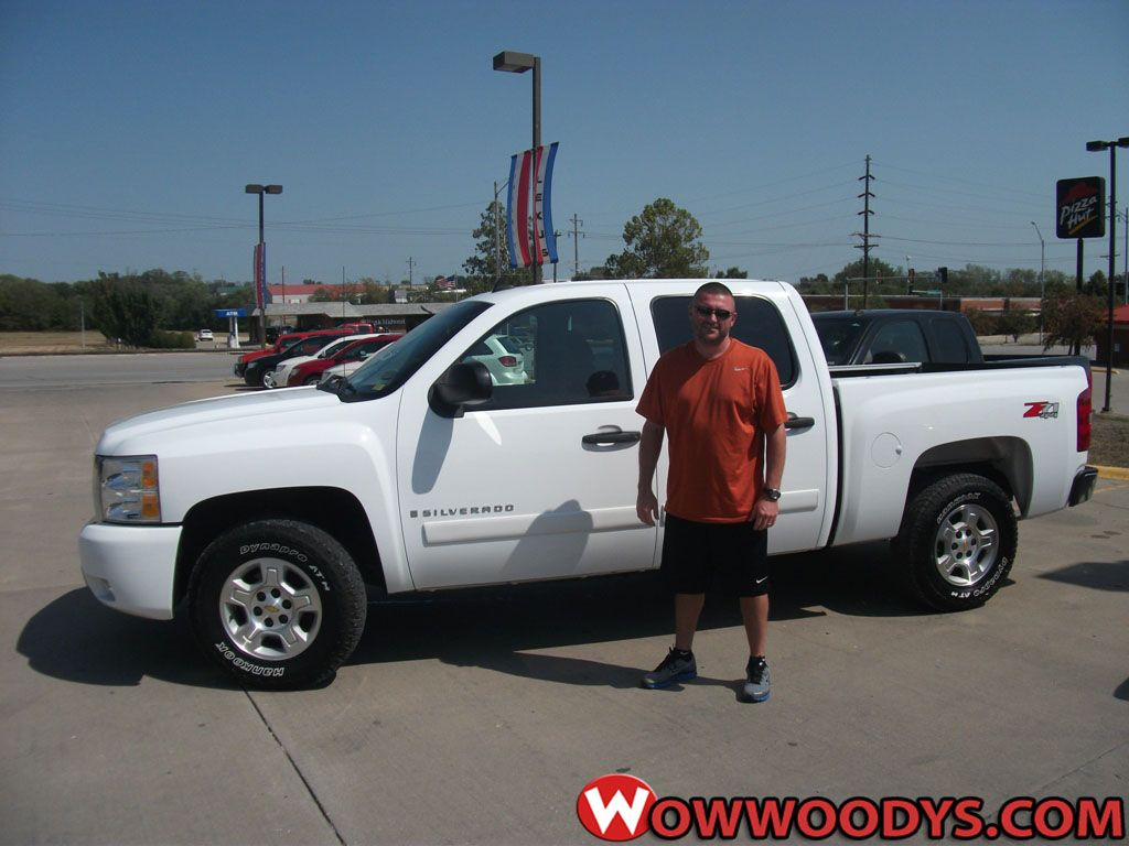 Micheal And Cherelle Curley From Kansas City Missouri Purchased This 2008 Chevrolet Silverado And Wrote Tha Jeep Dealer New And Used Cars Automotive Group