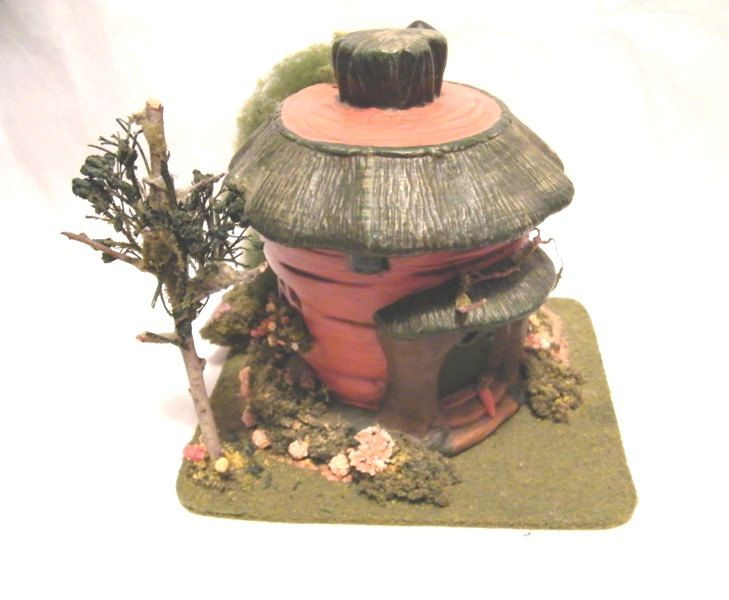 Ceramic Carrot House Fairy  Fairie House Collectible   12