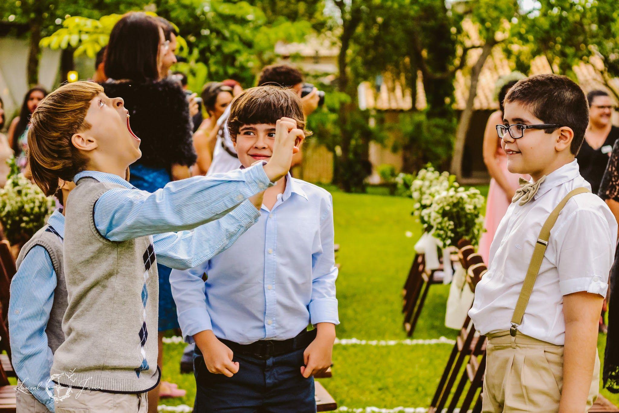 Lusival Junior http://lusivaljunior.com/pt/lusival-junior-fotografia/ instagram: lusival_junior
