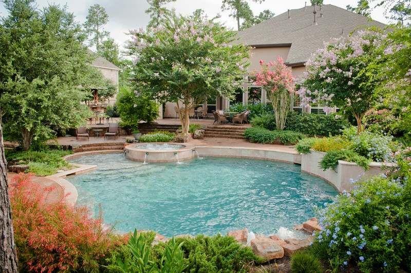 Garten gestalten - Pool und Bäume rund herum | Gartengestaltung ...