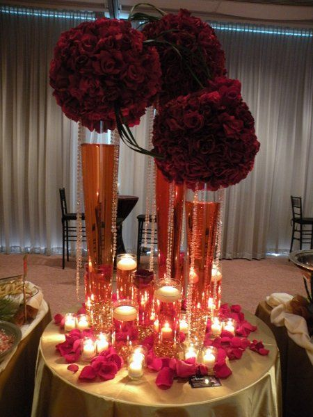Burgundy gold red centerpiece table