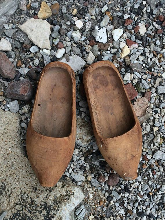 30f37f469499f A Pair of Antique Wooden Shoes from Western Europe with Simple ...