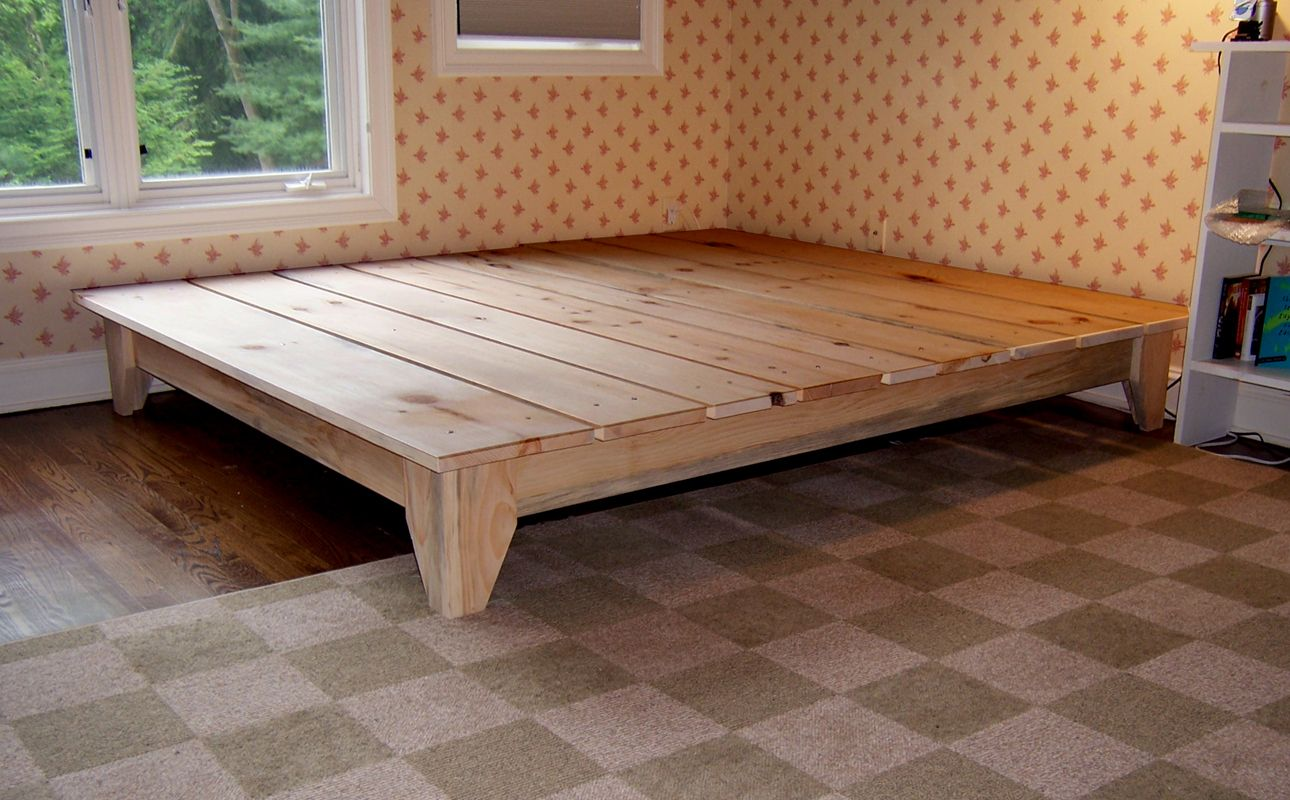 Manifold custom furniture platform bed good wood for Floor bed frame