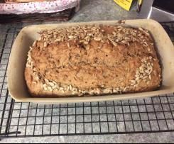 Photo of World's best wholemeal spelled bread with lots of grains and nuts
