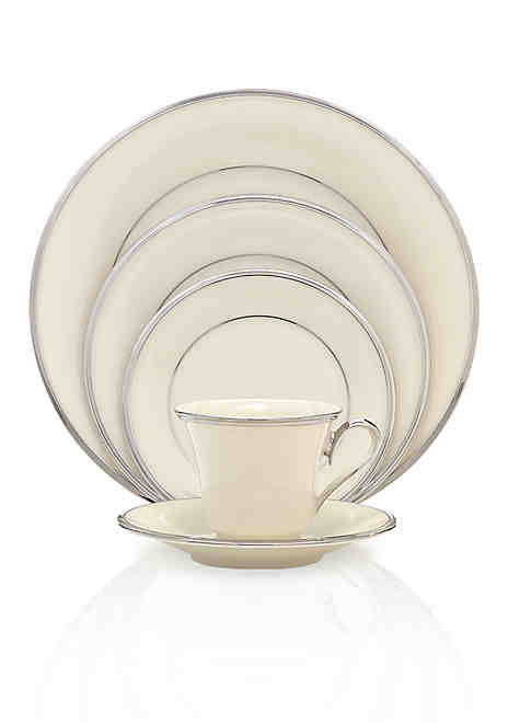 Dinnerware | Casual Dinnerware Sets & More | belk #casualdinnerware