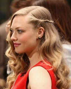 """HOW-TO: Amanda Seyfried's """"Twisted Sister"""" Look"""