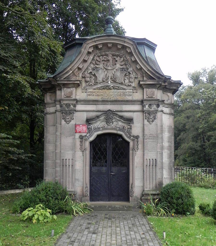 Jan Ziębicki chapel mausoleum in Stary Wielisław