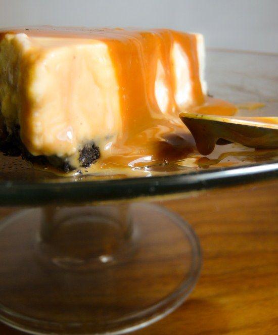 Cheesecake de Amarula e doce de leite.  http://cozinhapequena.com/cheesecake-de-amarula-e-dulce-de-leche/