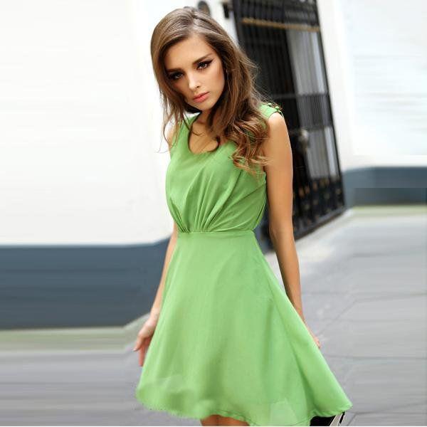 I love green dresses