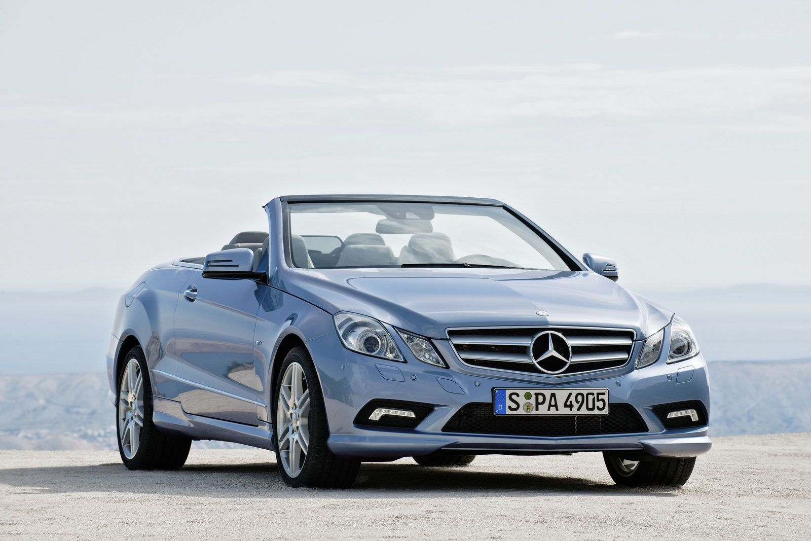 Mercedes Benz Cars Mercedes Benz E Class Luxury Car Price In