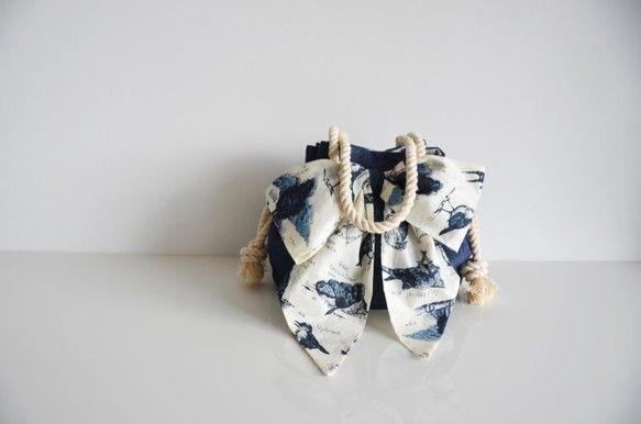 Somei et Miaiの製作するバッグの中でも特にご好評いただいているマリンバッグタイプの新作です。春先のコーディネイトに合わせやすいデニム素材で製作しま...|ハンドメイド、手作り、手仕事品の通販・販売・購入ならCreema。