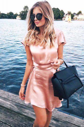 Photo of ROSE GULLE SMYKKER, negl-polsk, sko og andre ideer hvordan du kan bære denne fargen – Frisyrerideer