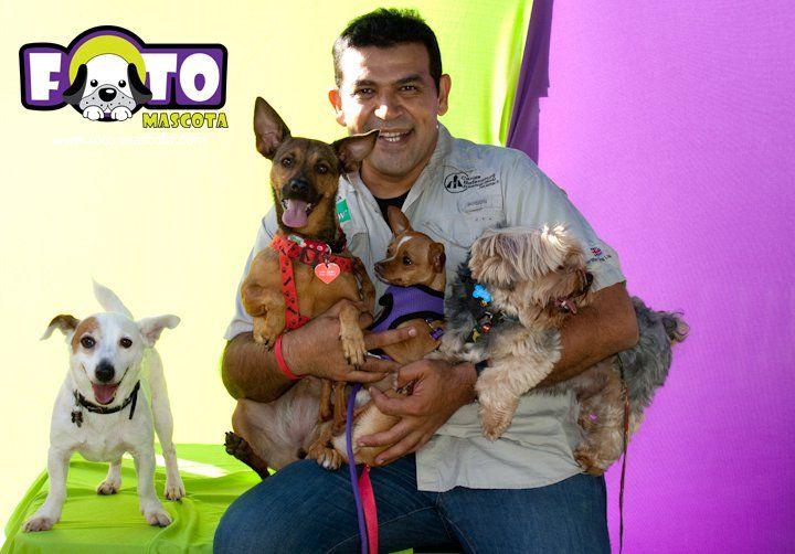 Carlos Bethancourt con mis 3 hijos mayores