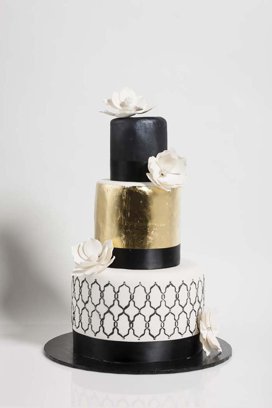 Weddings Ideas by Colour: Gold Wedding Theme - Scrumptious black and ...