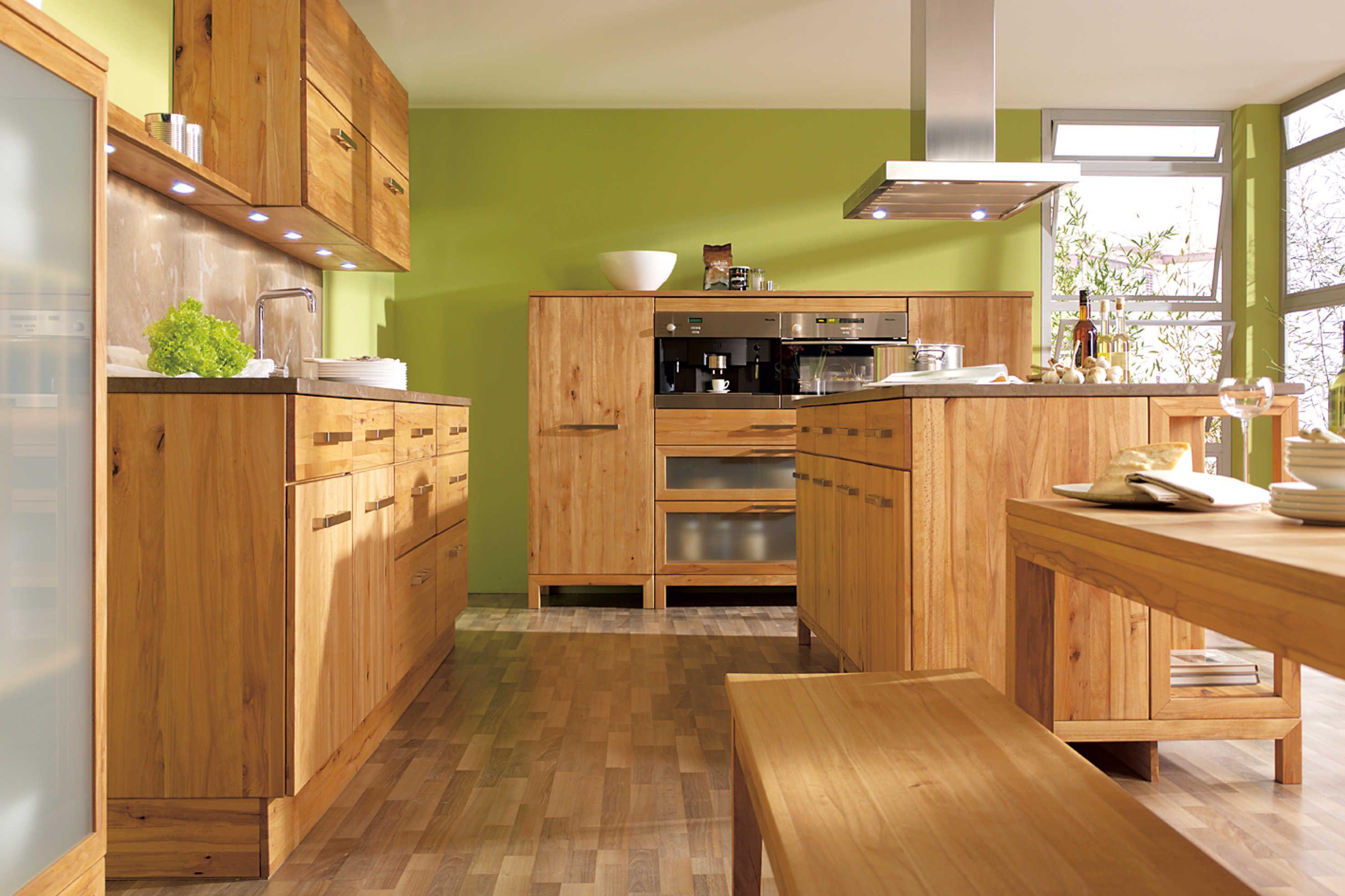 Goehring Küche im #Holzdesign http://www.hoeffner.de/kuechen/holz ...