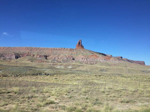 Les Gommettes de Melo: Owl entrée de Monument Valley.