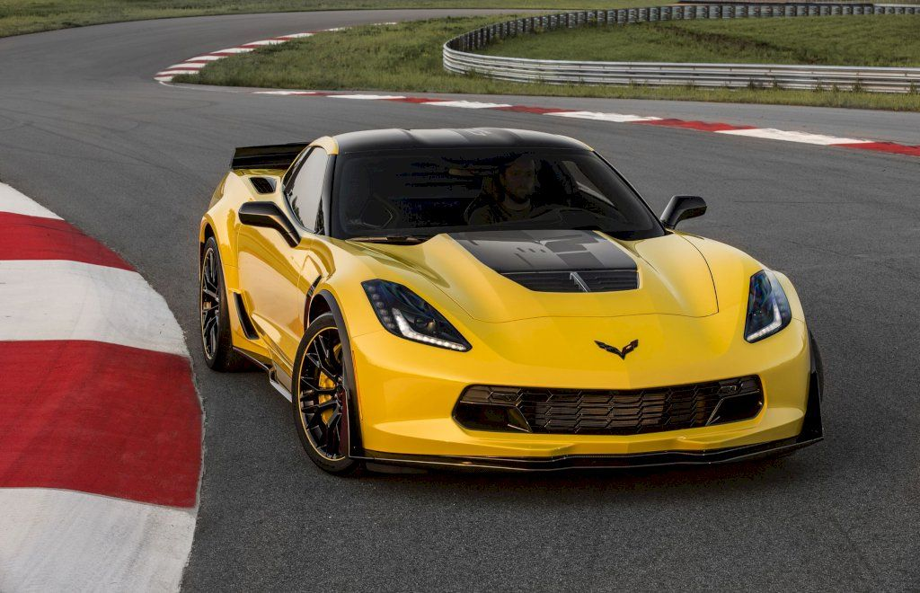 Chevrolet Will Auction Off The Last Front Engined Corvette Chevrolet Corvette Z06 Chevrolet Corvette Corvette Z06