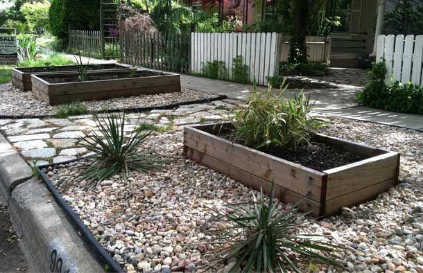 planters. community sidewalk garden. | Casas