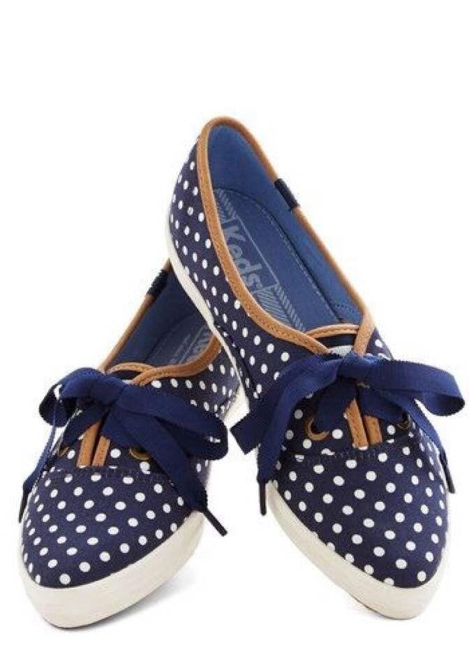 Pilkku kengät