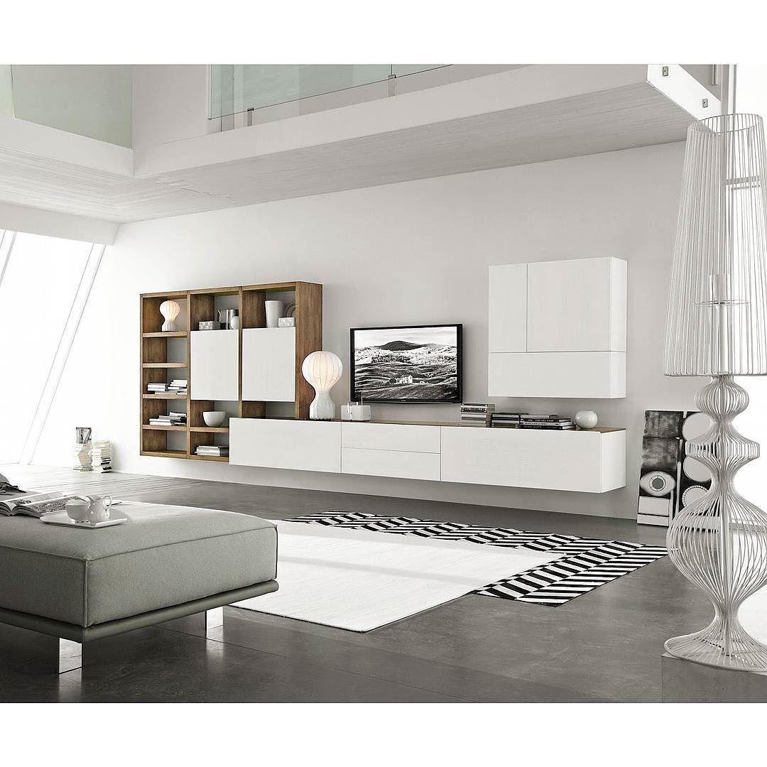 die moderne und hochwertigewohnwand c96bvonfgf mobili aus italien, Wohnzimmer dekoo
