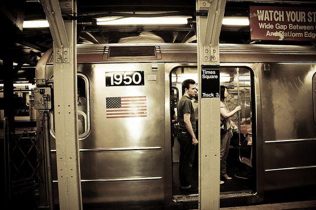 NYC. Subway | Gustavo Muleey Flickr