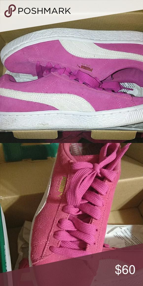 Purple suede, Gold logo, Pumas shoes