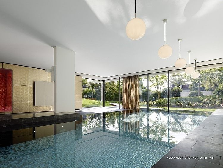 Check out the indoor pool! SU House by Alexander Brenner via @HomeAdore