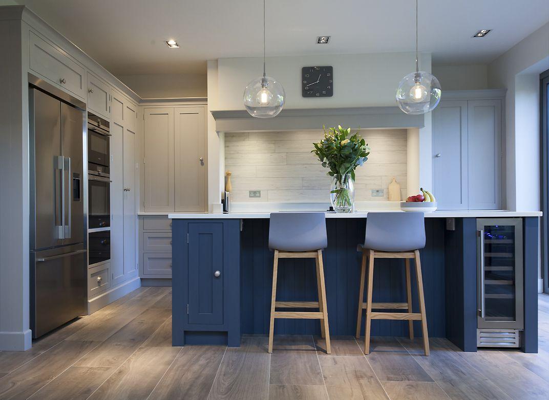 Soft Grey Globe Kitchen in 2020 Shaker style kitchens