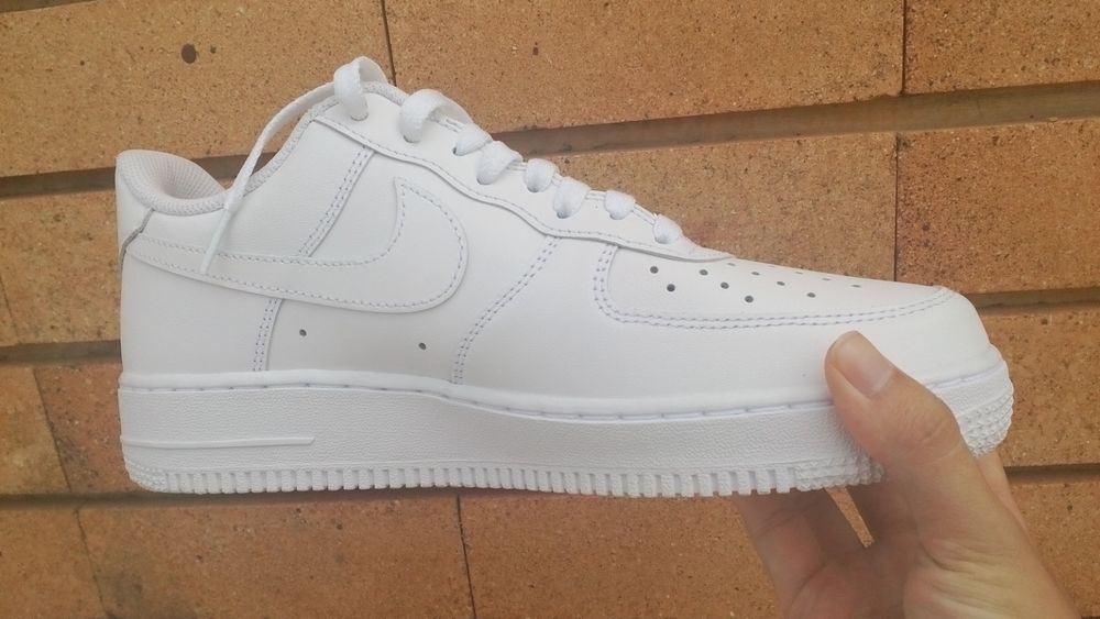 White Classic Mens Sneakers Force AF1
