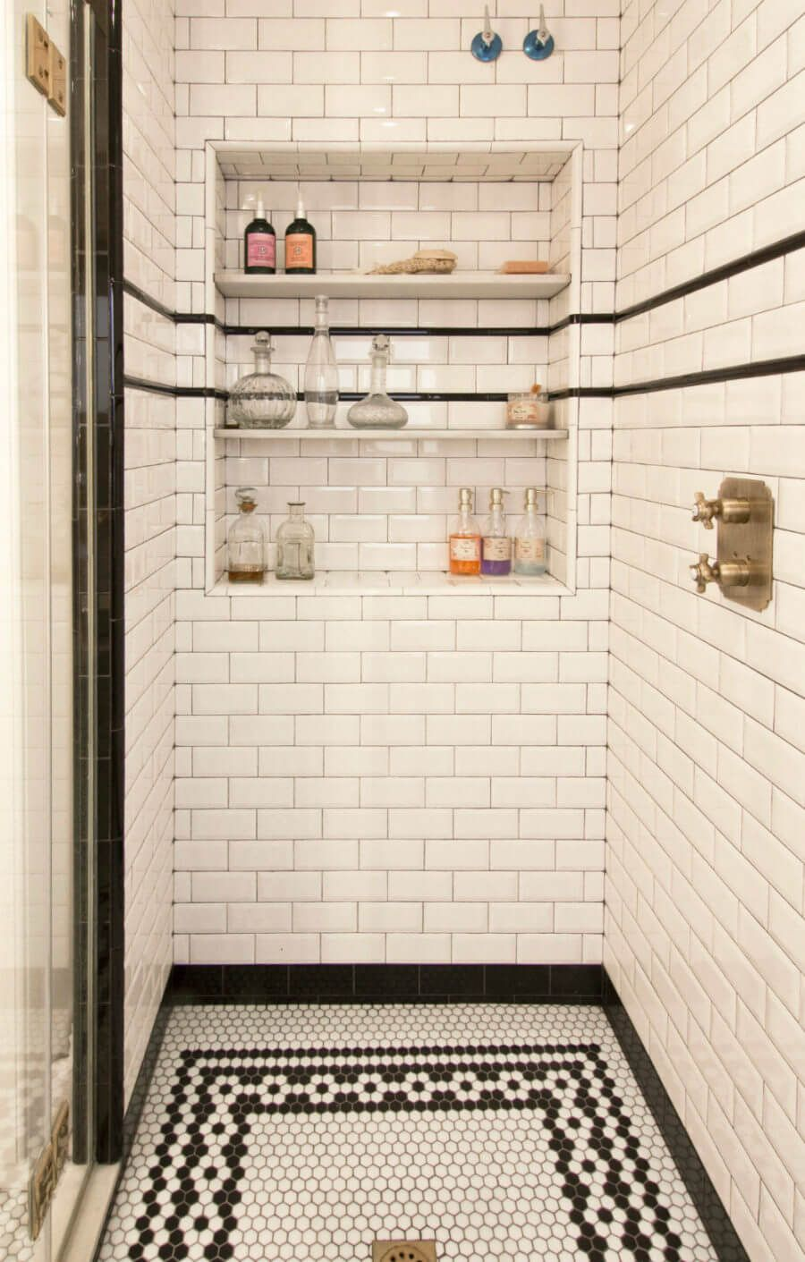 Bathroom classic tile ideas photo