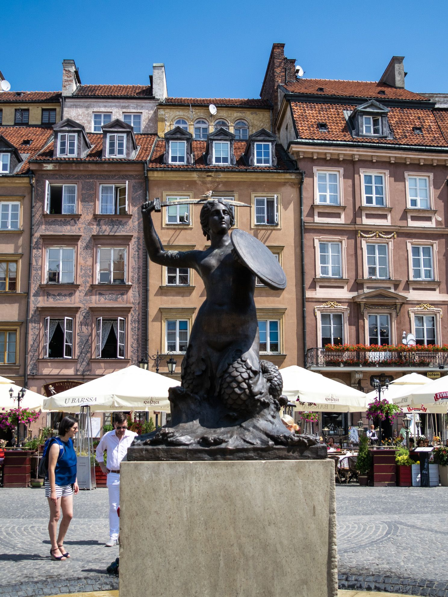 5 Big Reasons to Visit Warsaw, Poland - Travelsewhere