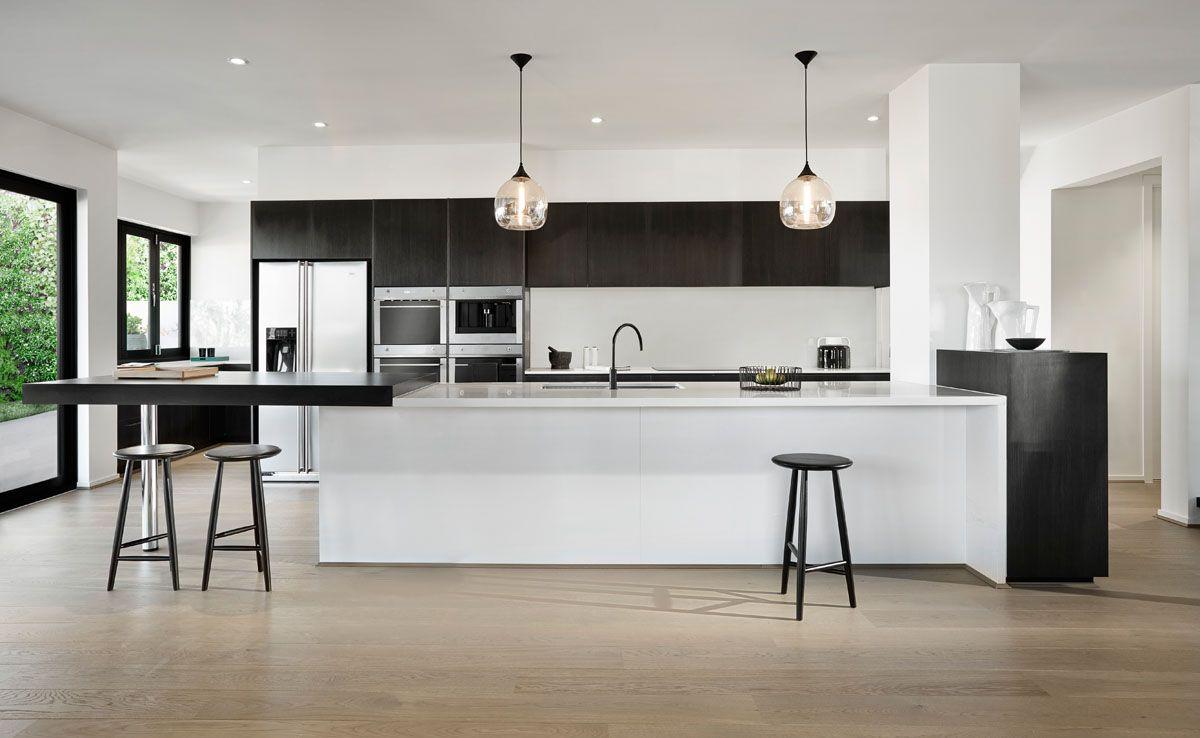 Caesarstone Kitchen   Calacatta Nuvo™
