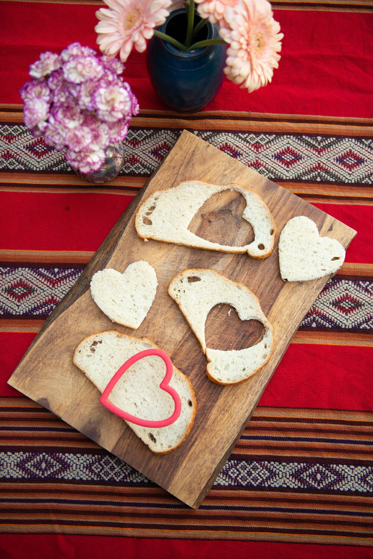 A kidfriendly valentines day menu in 2020 garlic bread