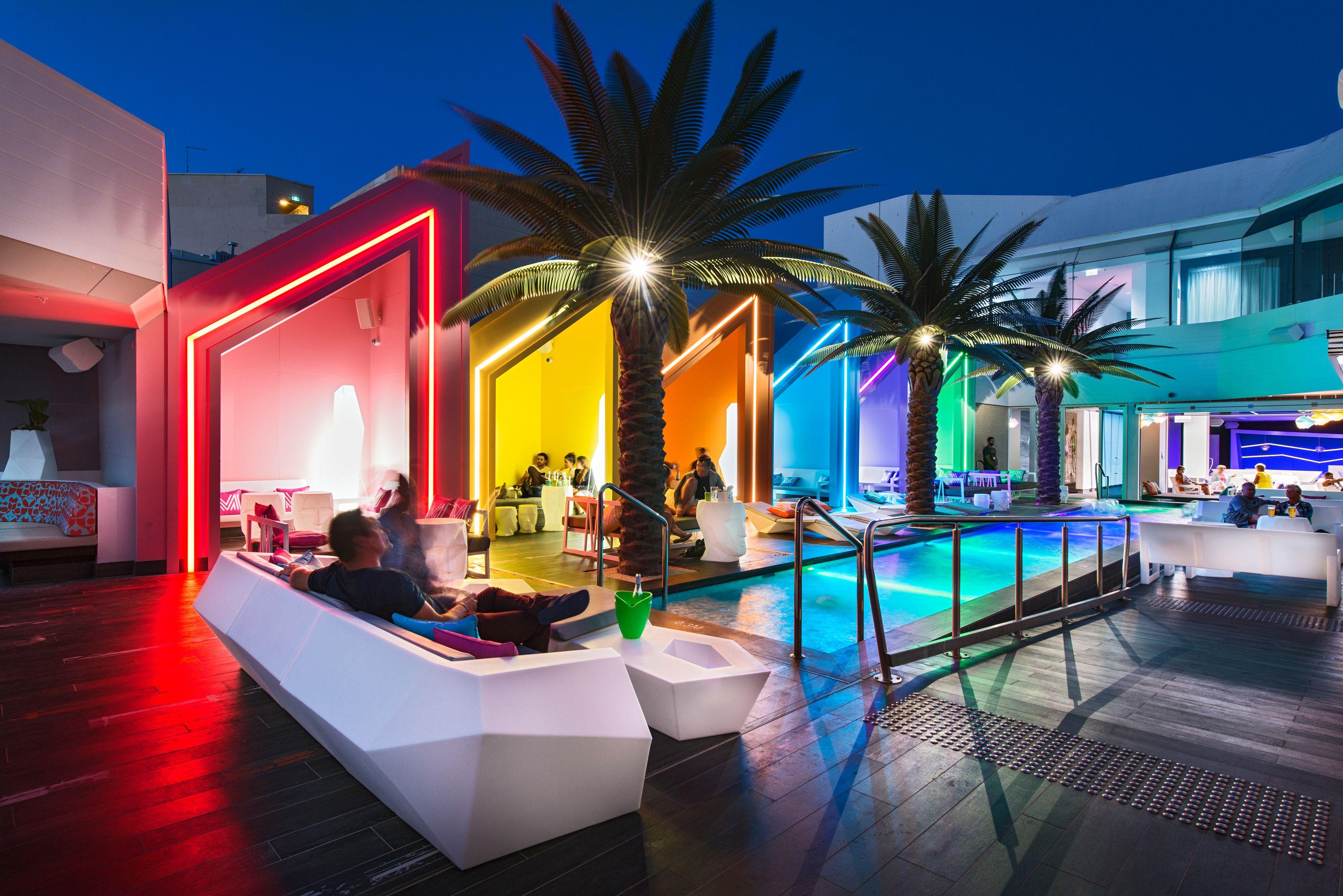... Un Bar Australien Au Design Unique. Furniture From Spain :  International Projetcs : Matisse Beach Club : VONDOM. Matisse Beach Club