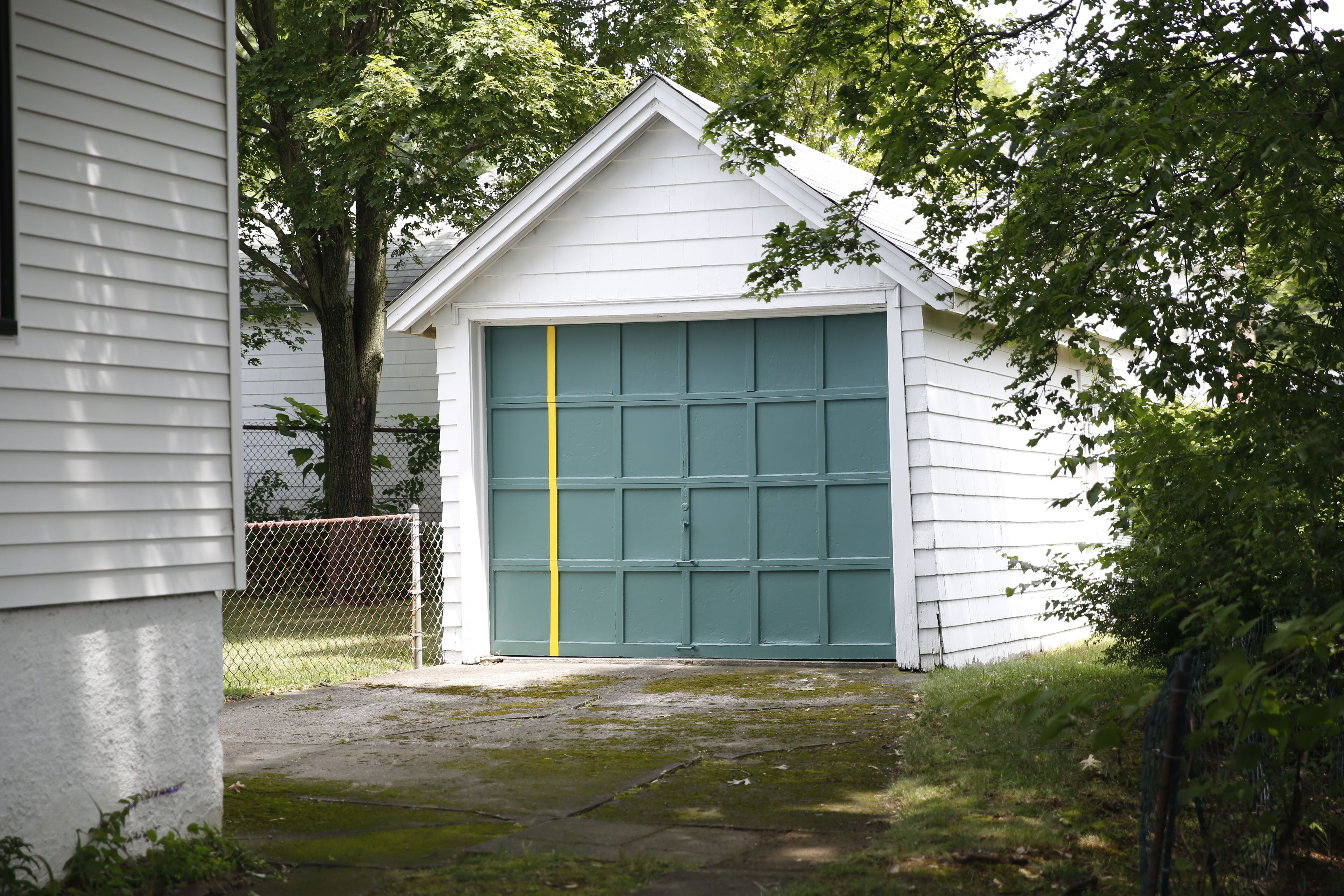 Garage paint ideas green - Find This Pin And More On Red Sox Paint Colors Garage Painted With Green