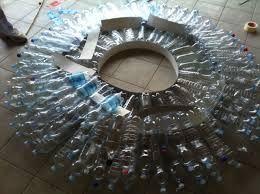 Risultati immagini per idee con bottiglie di plastica