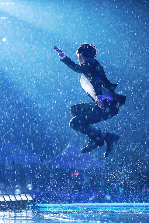 Jungkook BTS at Music Bank BTS 방탄소년단 Jimin pictures