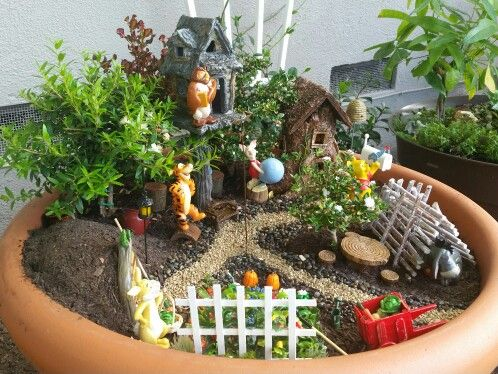 winnie the pooh garden fairy gardens pinterest gardens fairy and miniature gardens. Black Bedroom Furniture Sets. Home Design Ideas