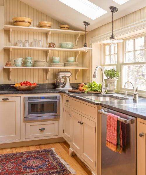 A Melrose Colonial Kitchen Makeover