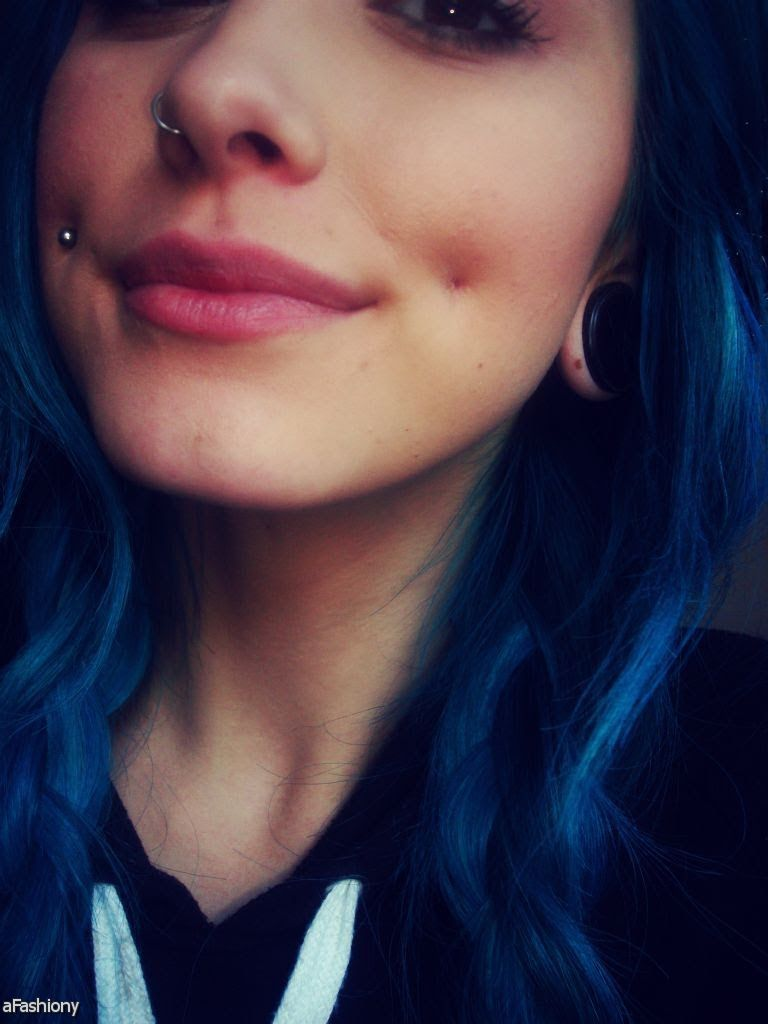 Girls tumblr with dimple piercings pictures